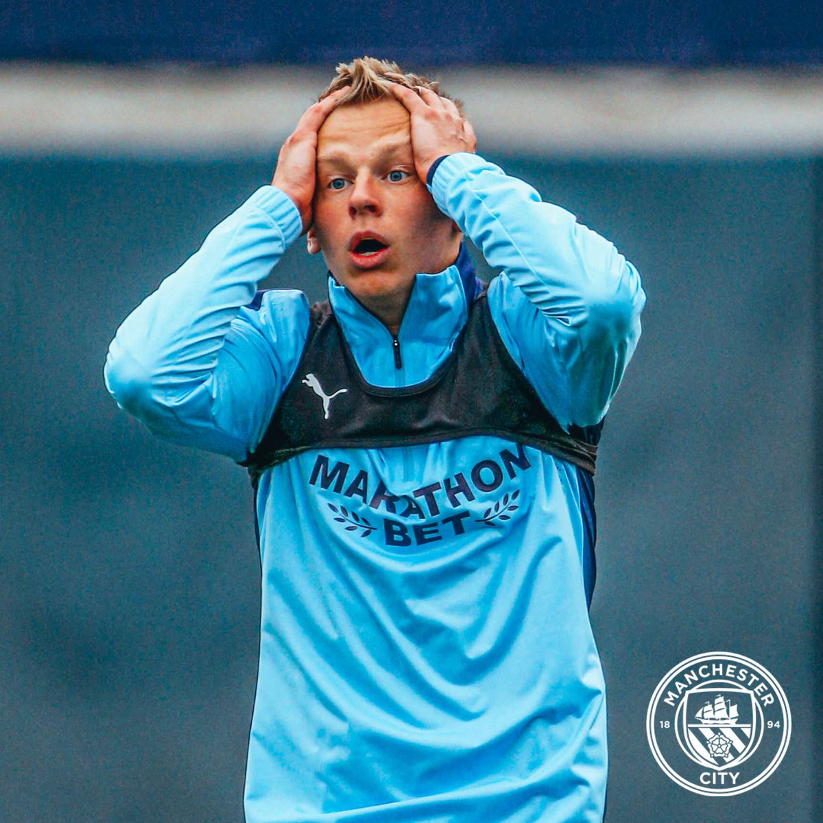 We can't believe it either!   Four years since Aleks Zinchenko became a Blue 💙  ⏰ #OnThisDay 2016 🔵 #ManCity https://t.co/TsMTDKBT78