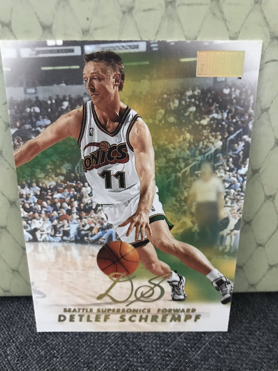 """Before going on to bigger things like Parks & Rec cameos, Detlef Schrempf had himself a fine hoops career: -16 seasons (10 at 15+ ppg) -In '92-93, he avg'd 19.1p, 9.5r, 3.9a -3x All-Star -'94-95 3rd-team all-NBA -2x 6th Man of the Year -114 playoff games -Shot 38% on 3s at 6'10"""""""