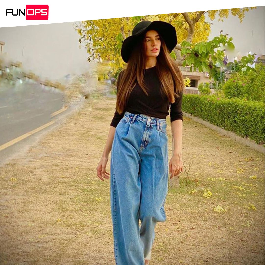 Hat season never go old #SadiaKhan bringing all the classic vibes with a chic look  @SadiaKhanOfficial . . .  #funops #funopspakistan #celebrity #celebritystyle #beauty #instagood #instalove #pkkstanicelebs #hellomagazine #SadiaKhanpic.twitter.com/TaJHaVUFn3