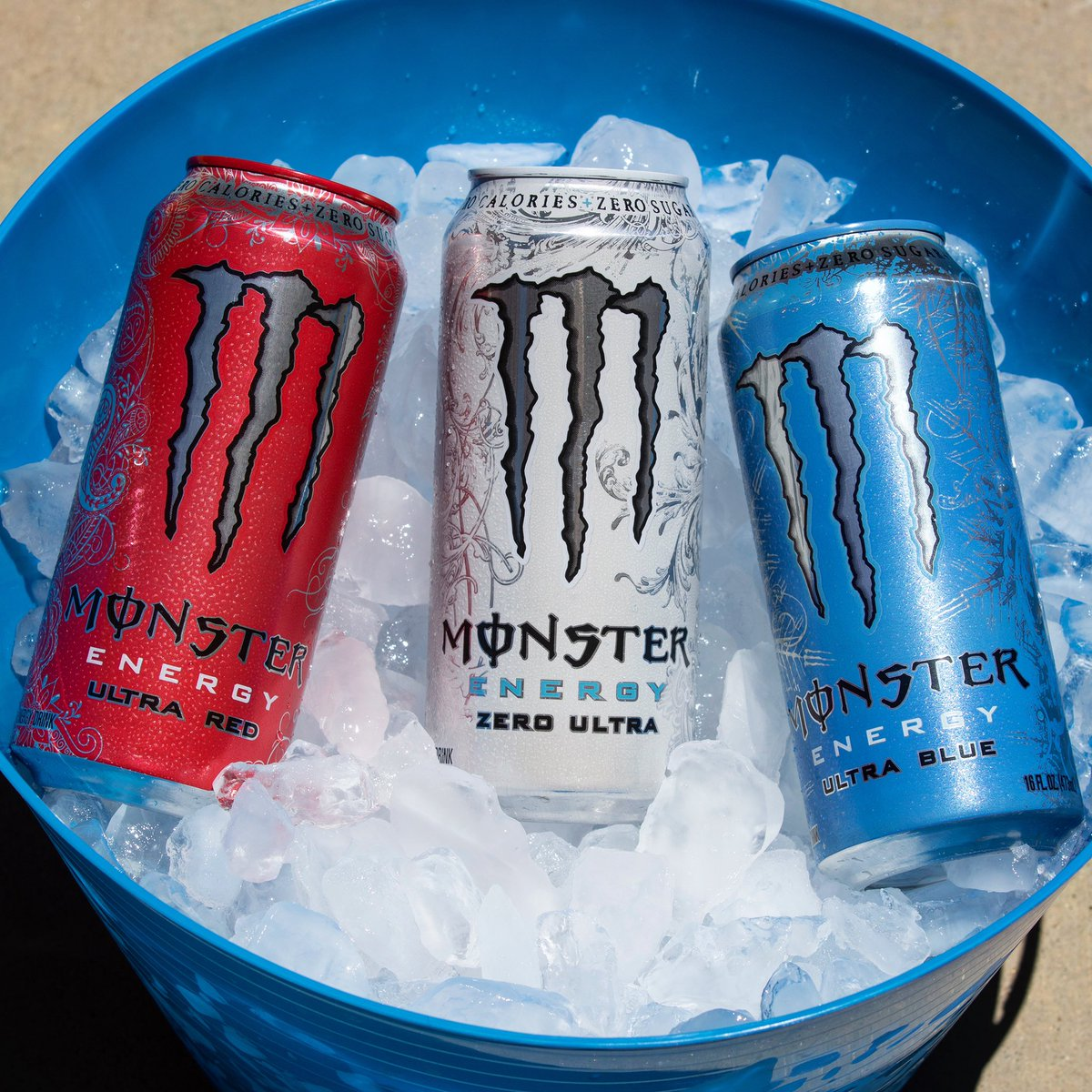 Today's a red, white and blue kind of day 🇺🇸 #4thofJuly #MonsterEnergy https://t.co/VKIV8cYOns