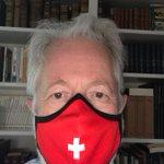 Et un autre masque commandé à https://t.co/g05okpSAtE Outre les filtres amovibles, petit raffinement: un spray aux huiles essentielles de plantes suisses est fourni, ce qui permet notamment de rafraîchir les filtres au moment de les insérer dans le masque! @masquesuisse #masques