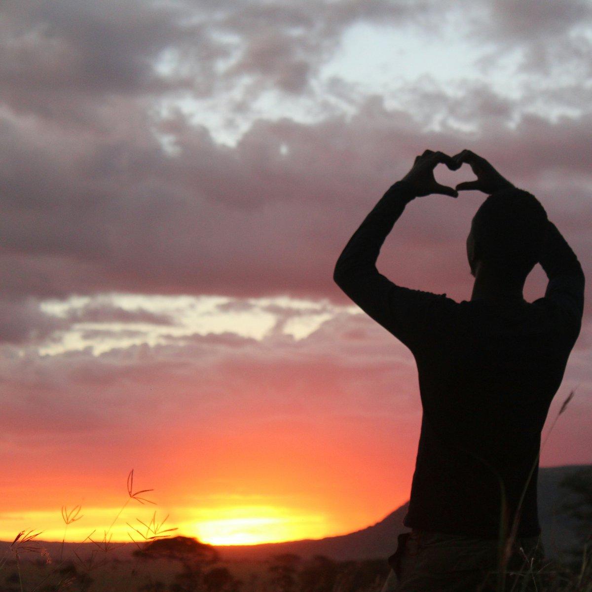 Sun down at Serengeti National Park. Tanzania is ready for you. #KNJ #africanamazing #bucketlist #cytraveler #unforgettabletz #tanapa<br>http://pic.twitter.com/4K6GCWKQo7