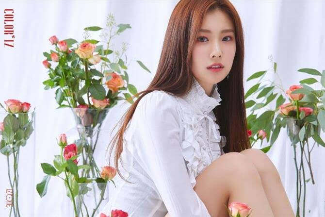 my ult aside zxt is having a birthday today so im gon promote her on this acc so this girl's such a pretty, kind, funny, smart, certified foodies, hardworking and talented girl all i want to say is ILYSM AND HAPPY BIRTHDAY LOML, KANG HYEWON!!  #DreamingHyewonDay<br>http://pic.twitter.com/SdUgtrFcFL
