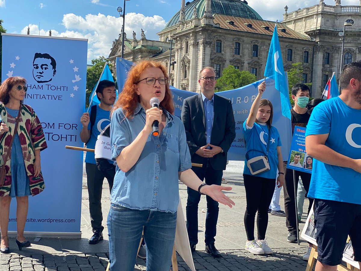WUC President @Dolkun_Isa, German MP @MargareteBause, Bavarian State Parliamentarian @m_rinderspacher, Director of @GfbV, Ulrich Delius all spoke at today's protest in commemoration of the Urumqi Massacre of 2009.  The protest was organized by the East Turkistan Union in Europe. https://t.co/Lqmw1OevJZ