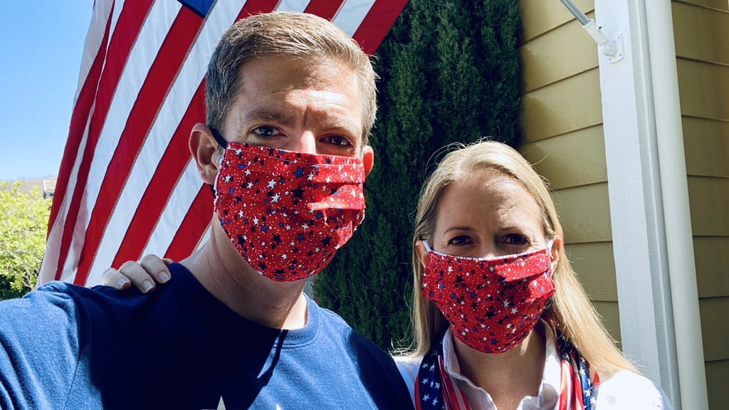 From my family to yours, I hope you have a happy Independence Day! 🇺🇸  Also, a reminder that the virus is not taking a holiday, and that today is another great day to wear a mask. https://t.co/9pfEoK7lDO