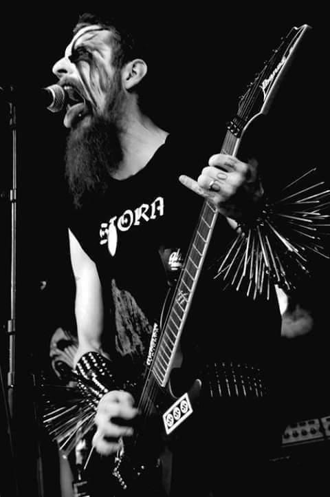 #blackmetal pic.twitter.com/KeU72m4uvl