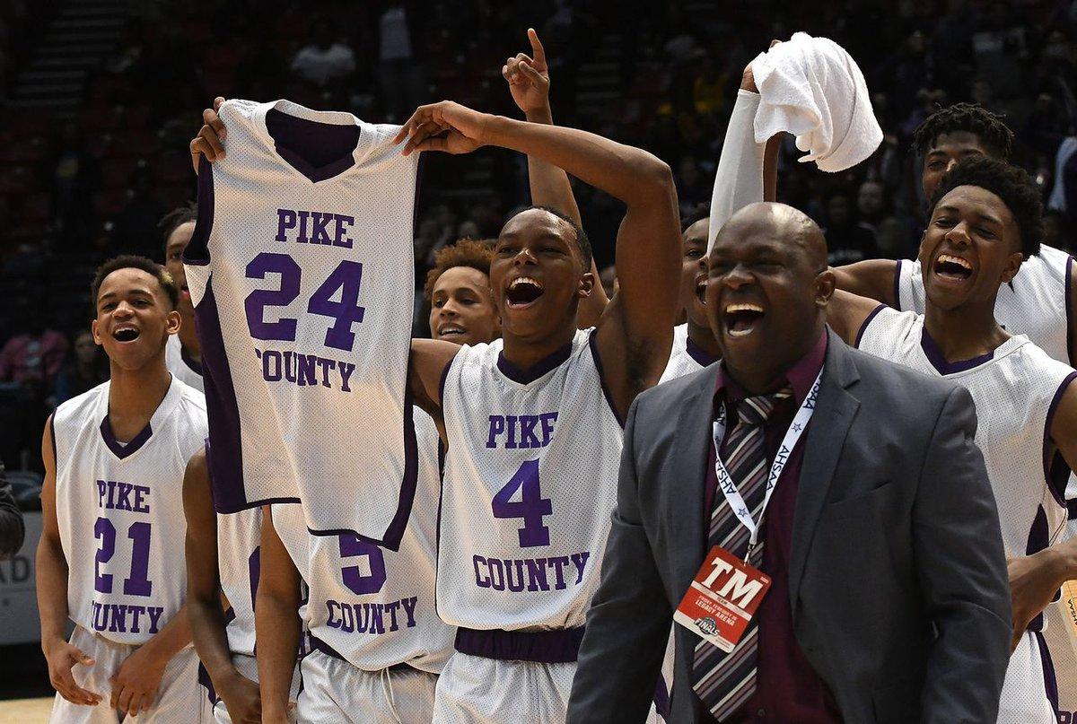 https://t.co/7md54IZFil survey reveals high school basketball coaches favor shot clock https://t.co/UAO3o2DtUs https://t.co/A5VE628Niw