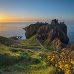 Image for the Tweet beginning: There's no denying Dunnottar Castle's