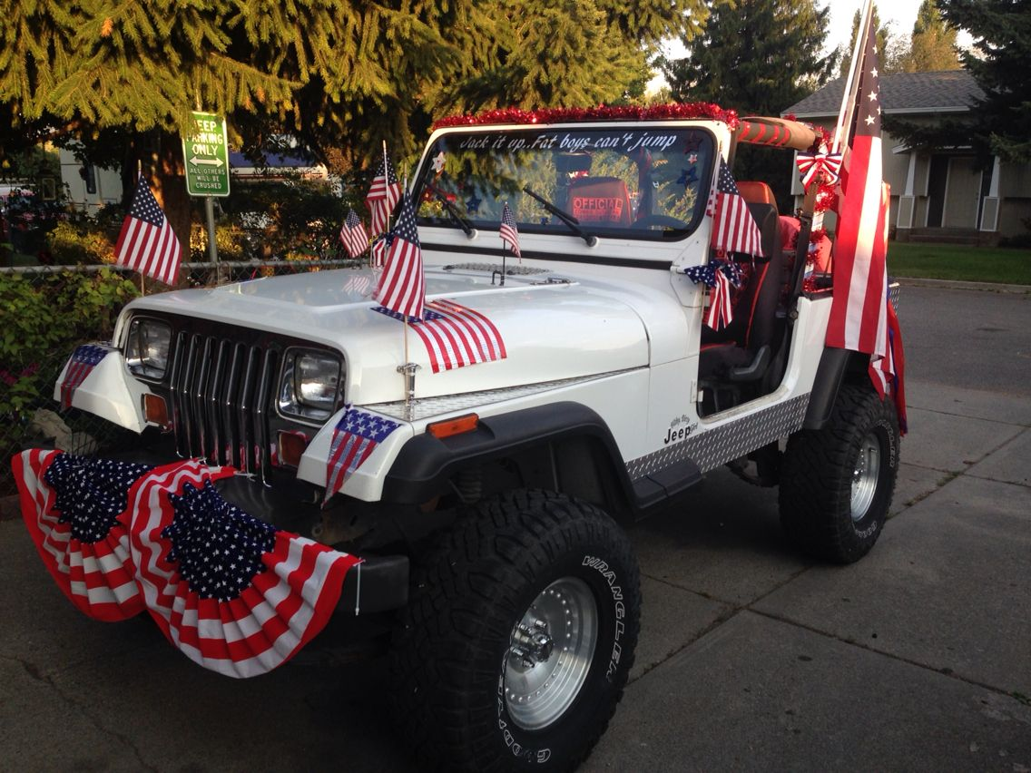 Celebrating 244 years of American Independence Jeep style. #4thofJuly https://t.co/C6JJXLAVWT