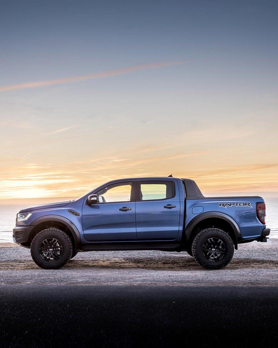 I panorami mozzafiato passano davvero in secondo piano. Ford #RangerRaptor. Scopri di più 👉 https://t.co/dKlgPvyKzv https://t.co/kG6sP6TAID