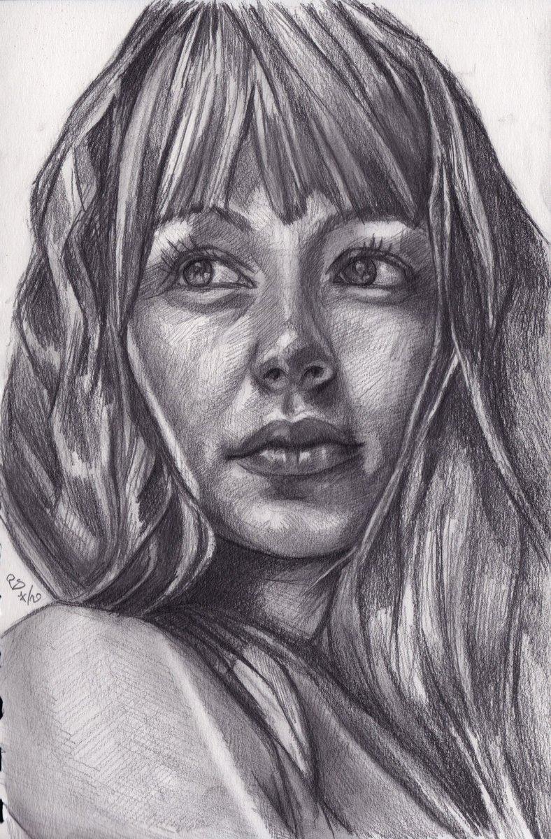 """Mariah"", #charcoal and #graphite #portrait on #sketchbook #paper ref. by @sktchyapp #Sktchy  #art #handdrawn #handdrawnart #teamdli  #sktchyinspired #pencildrawing #graphitedrawing #artist #pencil #graphite #illustration #italianartist #drawsomethingshowcase #united_artists_art_pic.twitter.com/3BA7xXGCgI"
