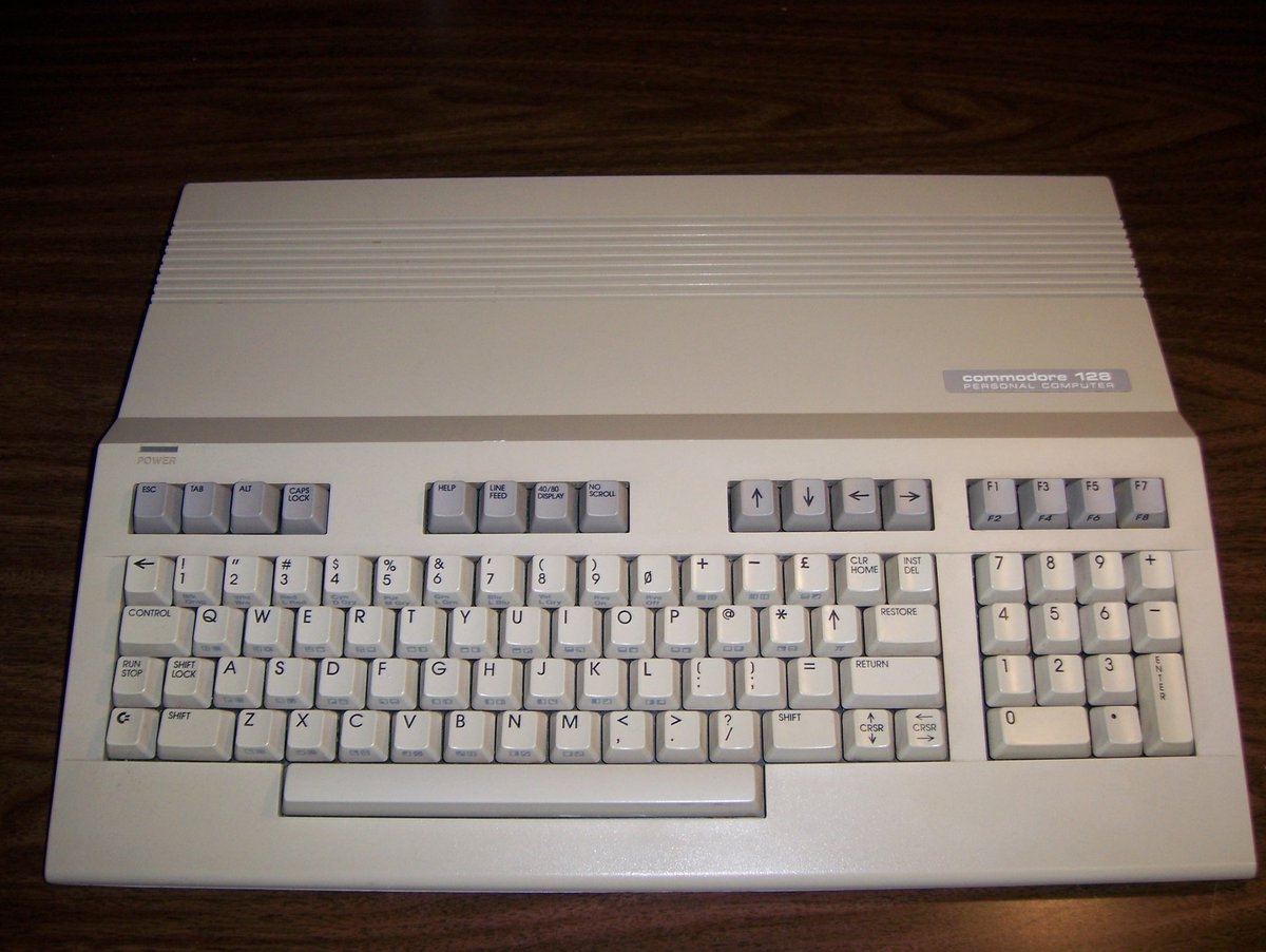 Reply with the first thought in your mind. #Commodore pic.twitter.com/yK5qhLlQC3