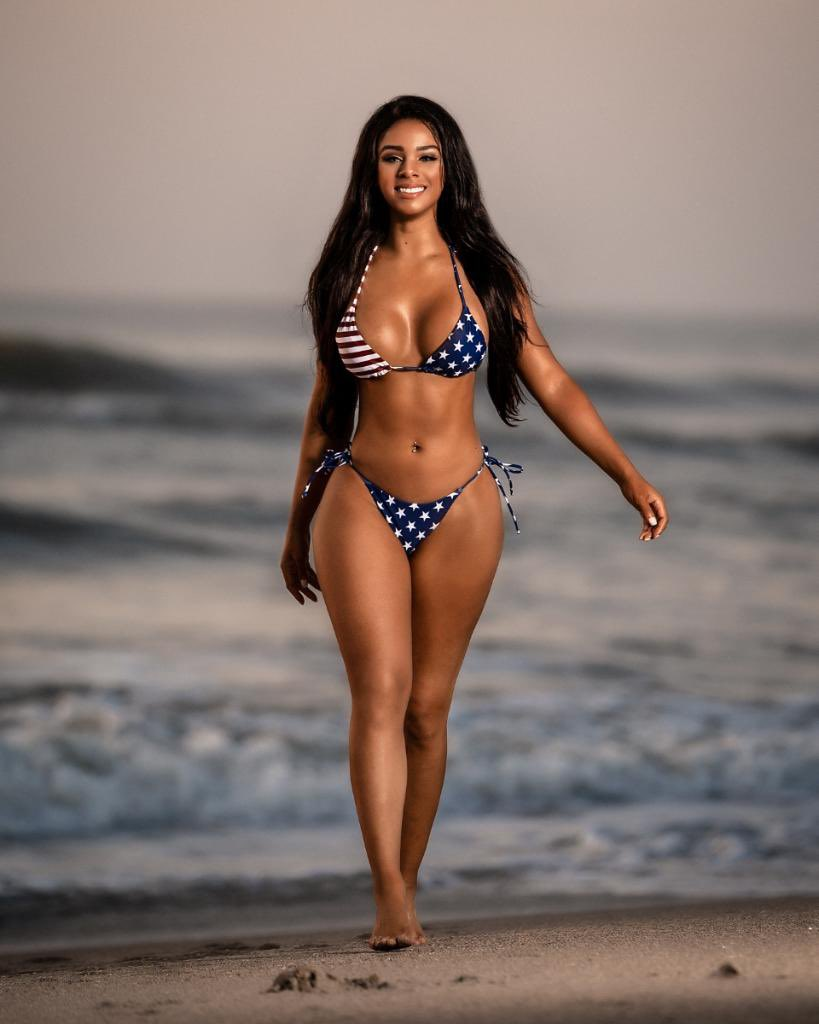 Happy 4th Of July-WWE Superstars Celebrate USA's Independence Day In Bikinis 4