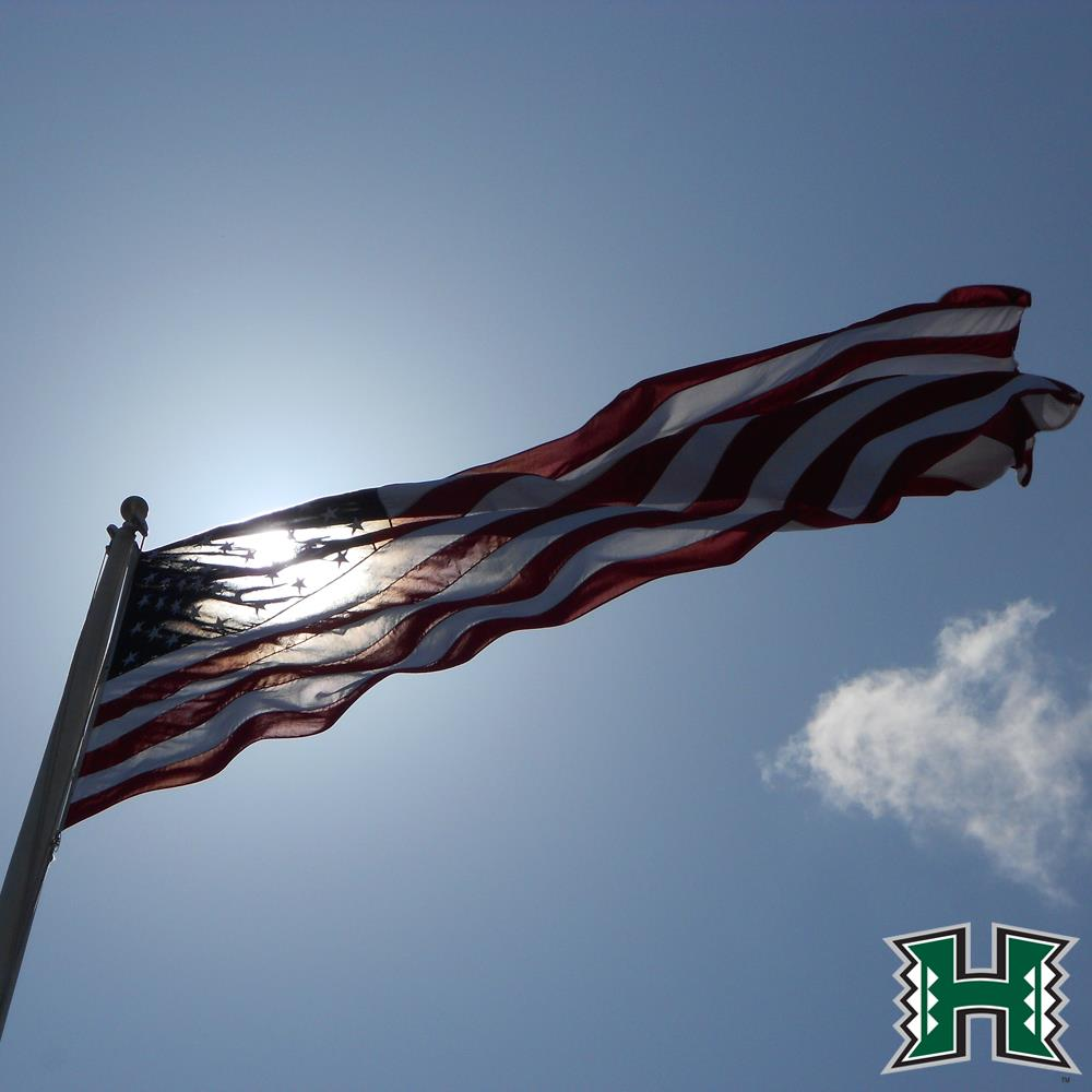 Have a safe and blessed 4th of July! #GoBows<br>http://pic.twitter.com/4wK4ldH03m