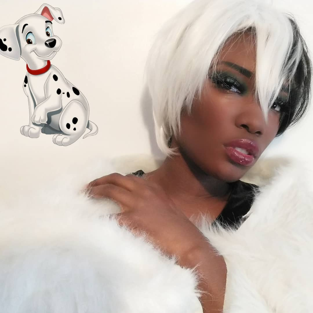 My Cruella Devil closet cosplay. These were my two favorite pics and I love them.  #blackcosplayer #cruelladevil pic.twitter.com/voYULYzQT9