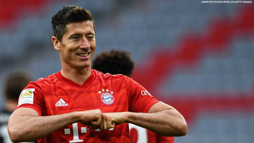 Robert Lewandowski scores his 50th goal of the season. Inevitable 🙌 https://t.co/gtf4X5xg70