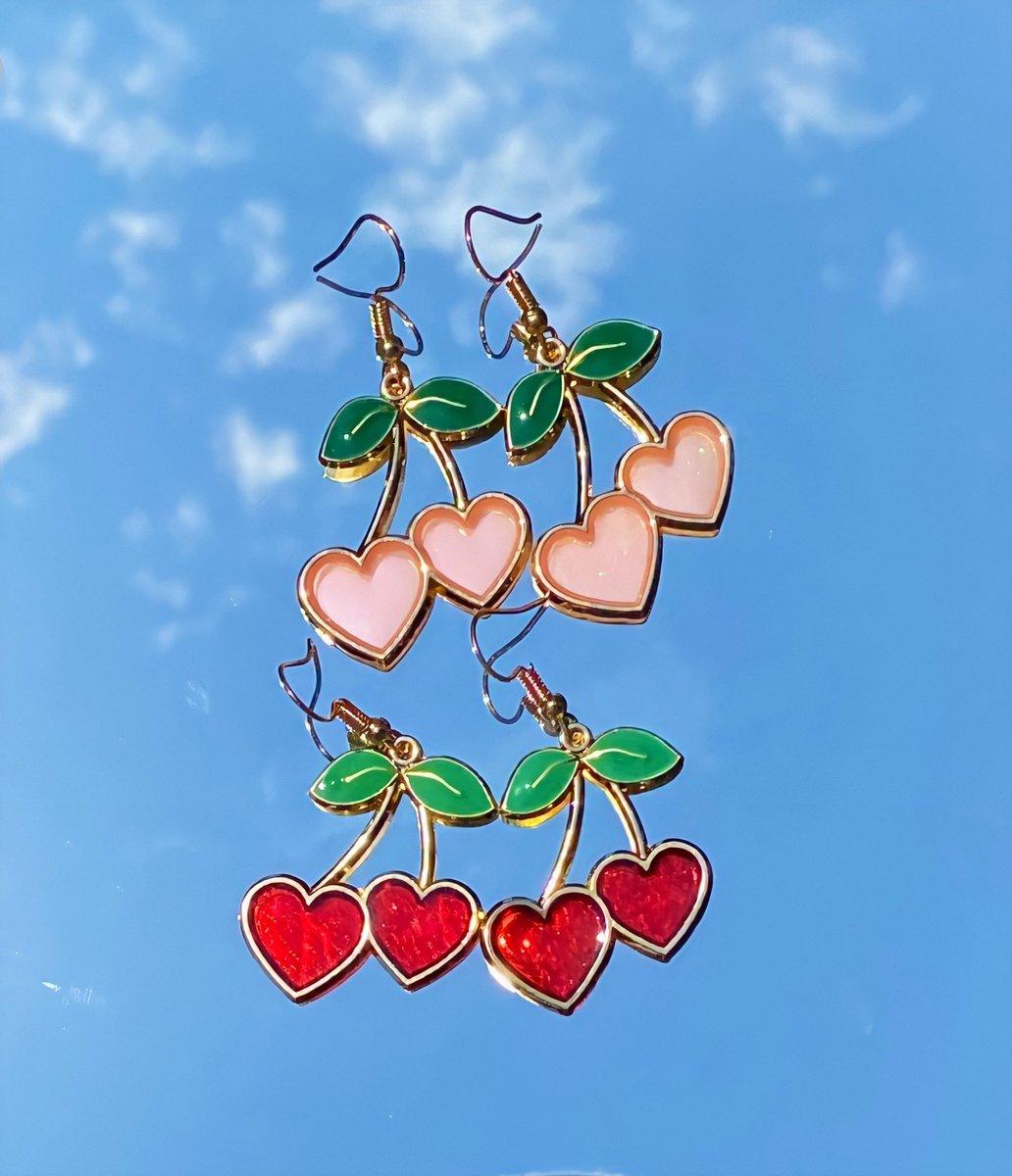 hii i sell cute affordable jewelry on http://autonomyjewels.com pic.twitter.com/relIh1eBpY