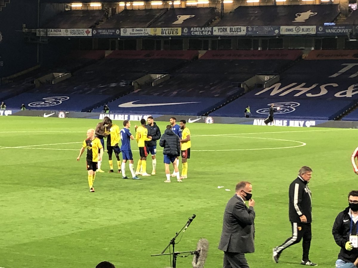RT @liam_twomey: Nathaniel Chalobah talking to some old friends. He swapped shirts with Loftus-Cheek #CFC https://t.co/Mvm4NPv0K0