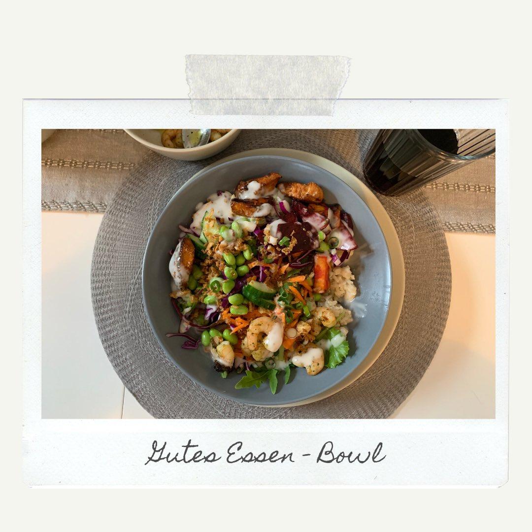 Wie wichtig ist gutes Essen?  #essen #bowl #bowlove #goodfood #foodporn #meinleben #kämpfer #bielefeldpic.twitter.com/hlUjt6SOfw