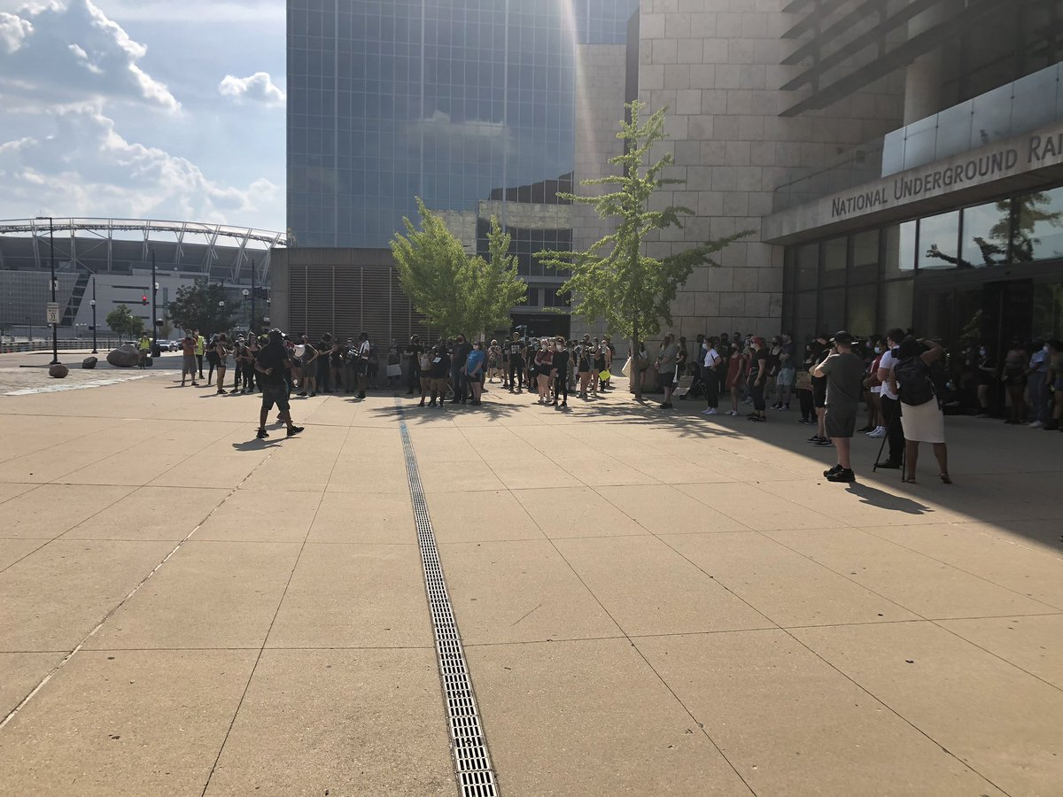 A protest with roughly 150 people is underway in front of the National Underground Railroad Freedom Center. A protester told me she's here to continue to the movement started in the wake of the death of George Floyd. @FOX19 https://t.co/VfQvE0lAiq