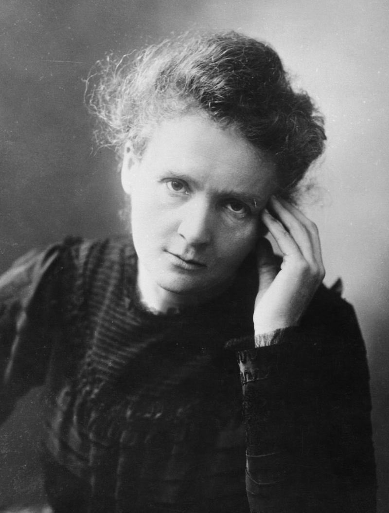 #OnThisDay 1934 Marie Curie died.   She was the first woman to win a Nobel Prize, first person and only woman to win twice and the only one to win in two different sciences. <br>http://pic.twitter.com/Jj8wwQqXZi