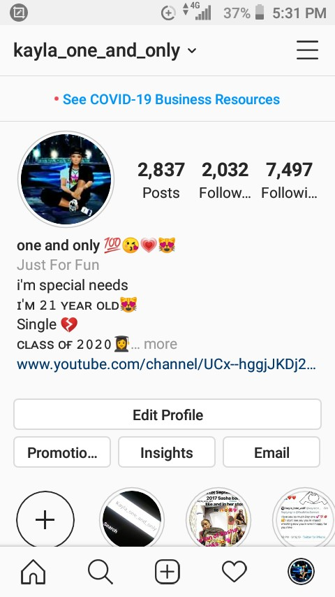 Everyone go follow me on Instagram please https://t.co/FvMENg2bXi