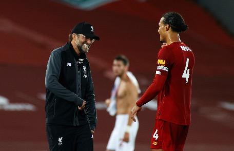 Virgil van Dijk unveils Jurgen Klopp's secret and makes Premier League title dedication https://www.mirror.co.uk/sport/football/news/virgil-van-dijk-unveils-jurgen-22302880…pic.twitter.com/ub3n7SvM3y  by Mirror Football