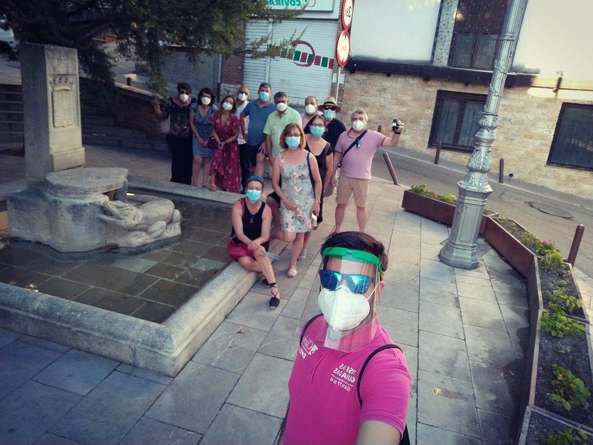 Tarde calurosa 🌞 pero muy divertida 🤪 con este grupo de amigos de #granada que han venido a descubrir #jaén con nuestro compañero Kevin ✌️🗣️🙃  #claritasturismo #claritasjaen https://t.co/PrGdyvwTT2