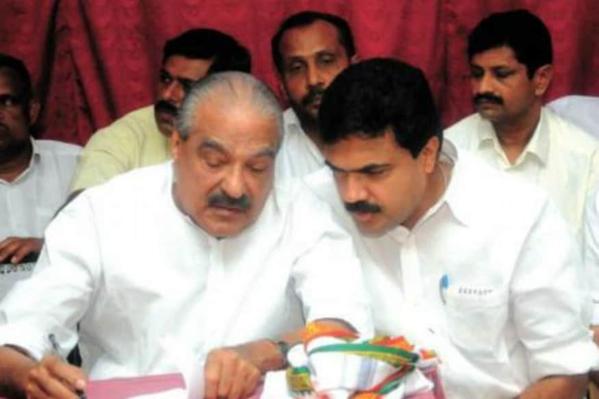 Congress High Command Gives Authority to UDF to Resolve KC (M) Faction Issue Read More: https://livetechhub.com/congress-high-command-gives-authority-to-udf-to-resolve-kc-m-faction-issue/?feed_id=3155&_unique_id=5f00f7b436301…  #bennybehanan #congre...pic.twitter.com/DyDNxZX3iI