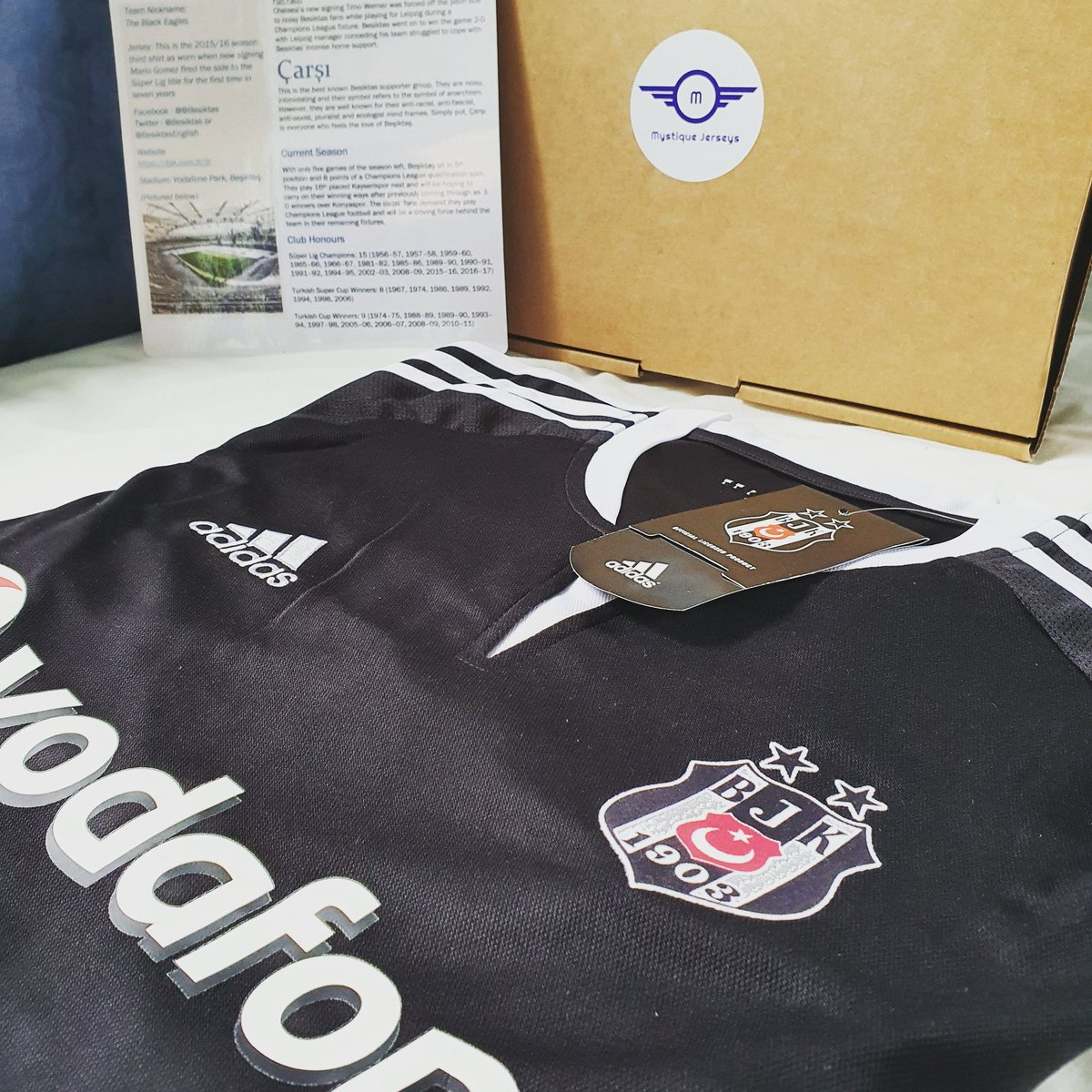 One of our popular mystery football/soccer boxes 🤩. . This customer wished to avoid English teams so we treated him to a Turkish league team along with a personalised fan file!  . #mysteryjersey #supporterpack #fanfile #besiktas #beşiktaş #süperlig #timowerner #noisyfans #çarşı https://t.co/vV8ttQSfL4