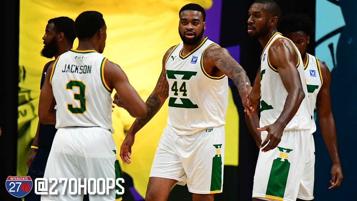 TBT: Nick Ward, Javon Bess lead Big X over D2  A trio of Gahanna alums, along with an all-time great from Delaware Hayes helped @BigX_tbt advance to the Round of 16 in @thetournament   📸: Ben Solomon   --> https://t.co/uIHeHhqh8a https://t.co/fZF7BbE2rY