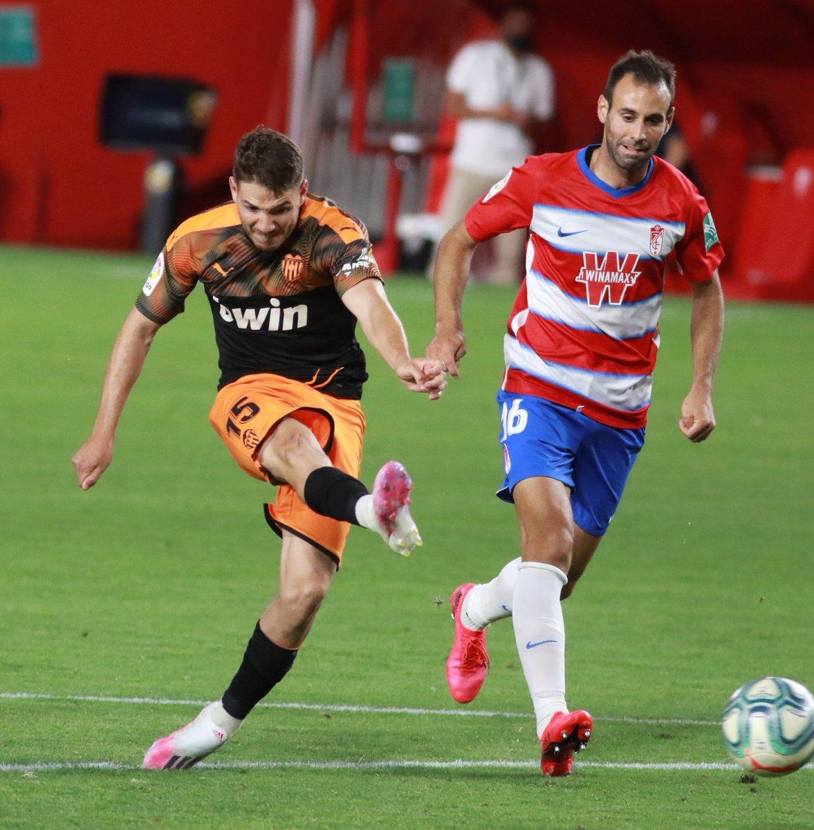 🔋 Volver a la titularidad tras una grave lesión. ⚽ Marcar el primer gol de tu equipo. 🙌 ¡Manu Vallejo lo hizo! 🙌 #GranadaValencia