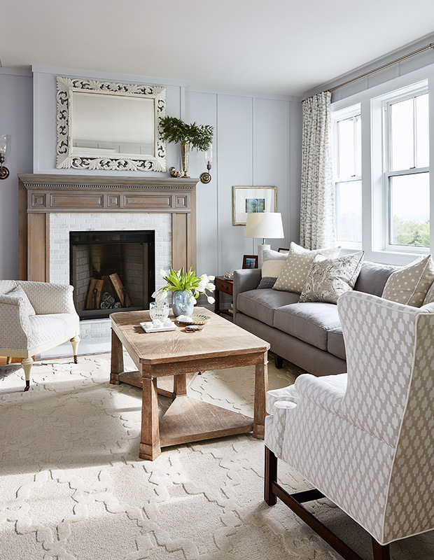 If you're looking to add some sophisticated #farmhouse style to your home, take a look at this gallery! #homestyle  http://cpix.me/a/100693666pic.twitter.com/3TSWVURZoI