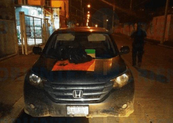 Imagenes del terror: Sicarios de El Marro dejan cabeza humana con narcomensaje en Celaya: Guanajuato https://t.co/lOtglipo6R https://t.co/HttgsTurQK