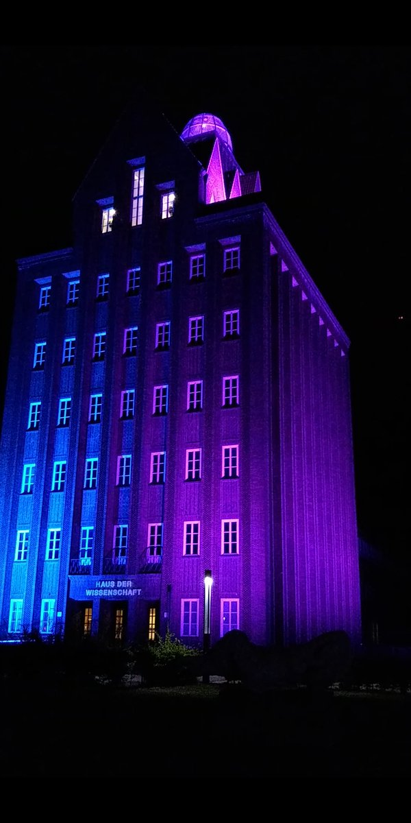 The University which has been home to me since the last 5 years is glowing in colors! Happy 275th Bi…