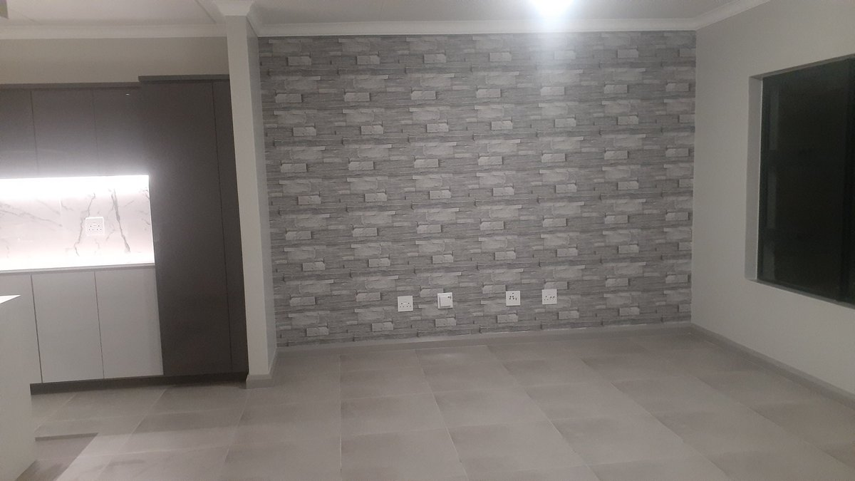 #EscapeFromPretoria Wallpaper installation take advantage of our promotion price <br>http://pic.twitter.com/eS5ZWcDbPx
