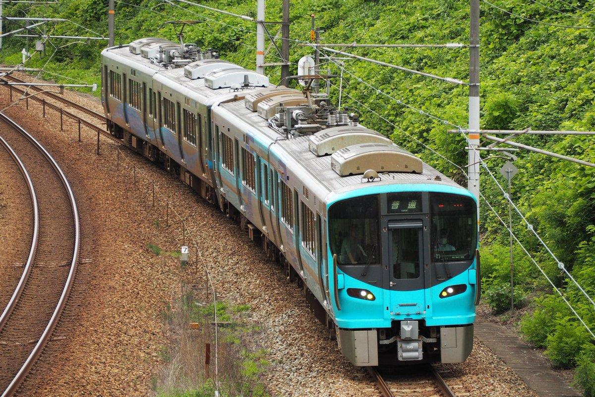 IR車が石動ー福岡間でトラブルがあり急遽実現したIRいしかわ+あいの風とやまによる救援列車
