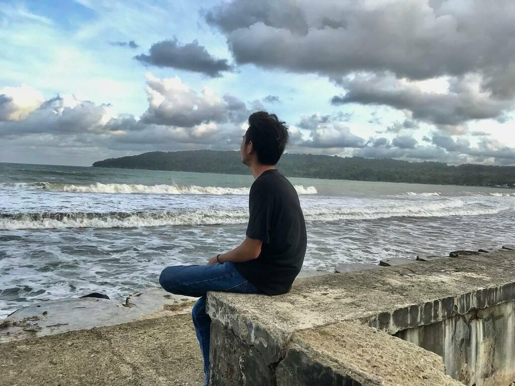 #pantai #beach #indonesia #pesonaindonesia #liburan #lfl #jalanjalan #like #travel #wonderfulindonesia #bali #sunset #holiday #photography #wisata #traveling #jakarta #gunung #laut #pantaiindonesia #senja #instagram #likeforlikes #exploreindonesia #natur… https://instagr.am/p/CCPlpcSMPeQ/pic.twitter.com/eqc1MLC3k5