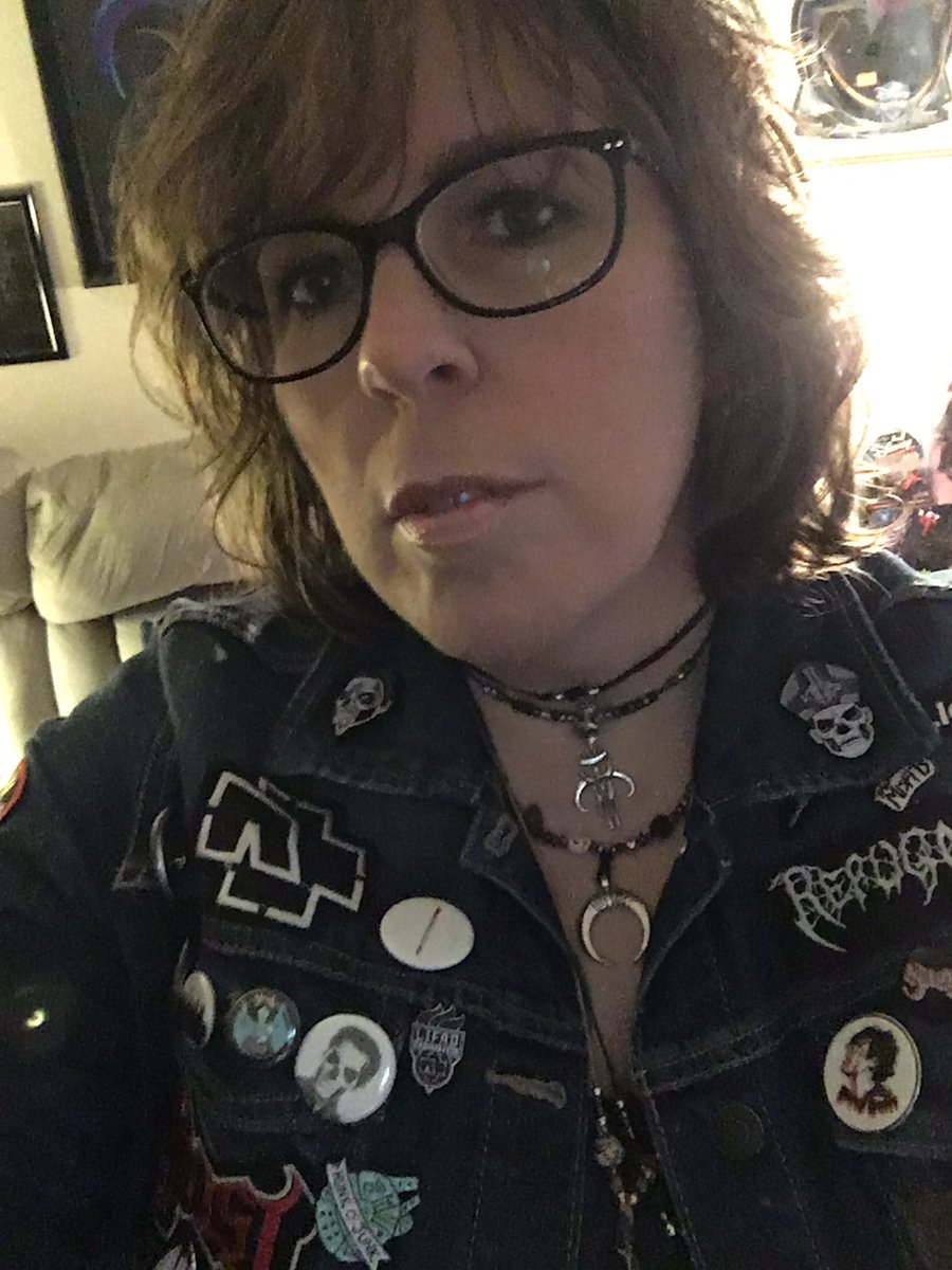 She was on a journey that required her to be fierce...she was up for the task.  #selfie #positivity #inspiration #motivation #beingreal #honesty #beyourself #metalhead pic.twitter.com/wOYpTTiF0s