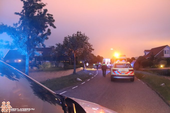 Fietser gewond bij ongeluk Broekpolderlaan https://t.co/L0TEVqOoAd https://t.co/FZFs9bL0Db