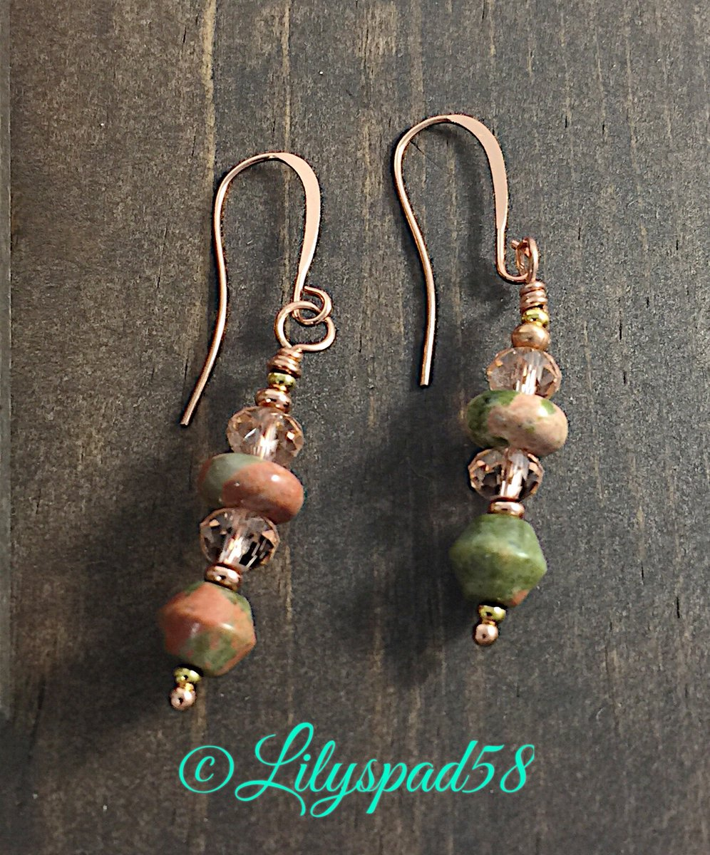 RT @Lilyspad58: Small Boho Unakite Earrings, Bohemian Goth, Nu Goth, Trending Now, Popular Right Now    http://etsy.me/2FJ2sWw  #pottiteam #jetteampic.twitter.com/nP17oNvWOz