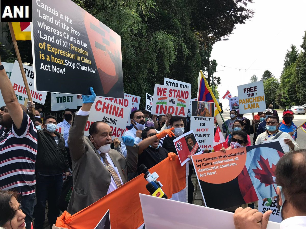 'Friends of India' holds protest outside the Chinese Consulate in Vancouver today demanding the release of detained Canadians in China. https://t.co/43P7OzqJbR