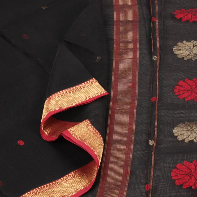 Handwoven silk-cotton sari with gold and crimson red floral buttis float across the midnight black silk cotton sari, adding a dramatic touch.  Shop: http://amp.gs/2ooQ   #silksaree #handloom #sarangithestore #kanjivaram #indiantextile  #sareelove #handloomindia #vocalforlocalpic.twitter.com/AuGaPPbVI0