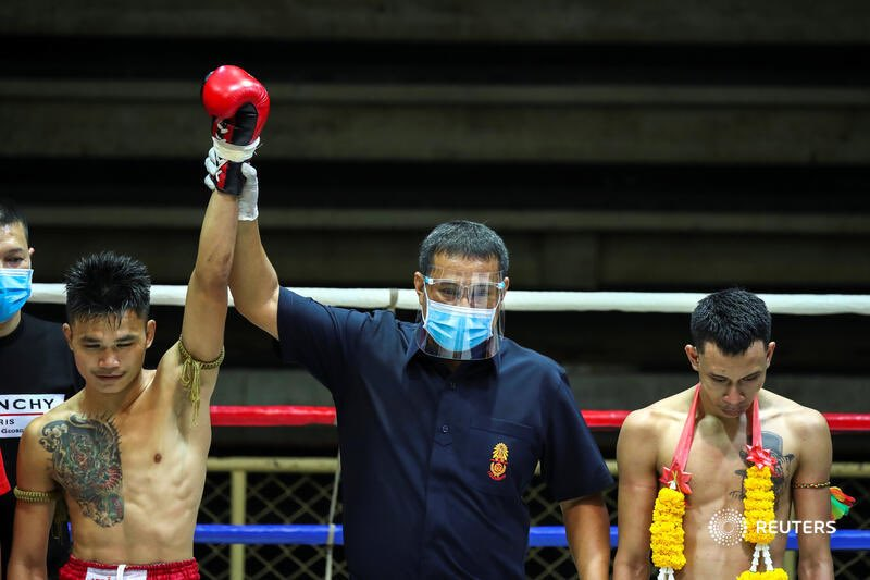 Muay Thai is back - but without spectators for now. By @Athit_P https://t.co/9BVq7AA2tx https://t.co/YkEwovxTrn