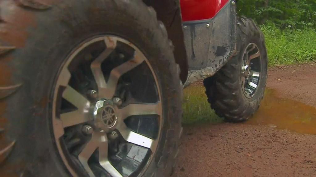 Dust Cloud Leads To Fatal ATV Rollover Crash In Carlton County https://t.co/209eohWibK https://t.co/8hw74qSWFr