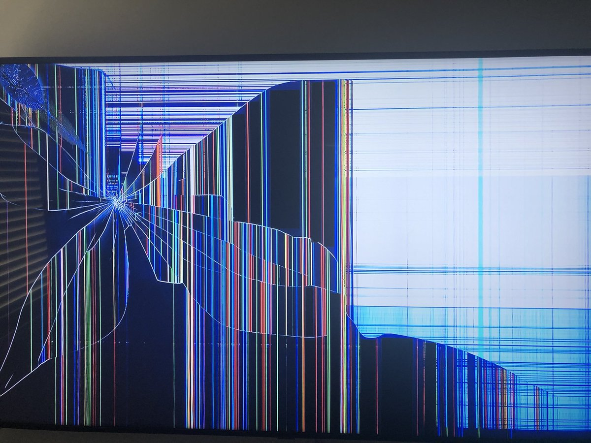 Kids came to me pretending to cry that they had damaged the TV. Got to the living room and saw this. I wanted to flip. Turns out it's a YouTube background. Sharing this for awareness. Don't let your kids send your blood pressure up https://t.co/MGmiRoygwU