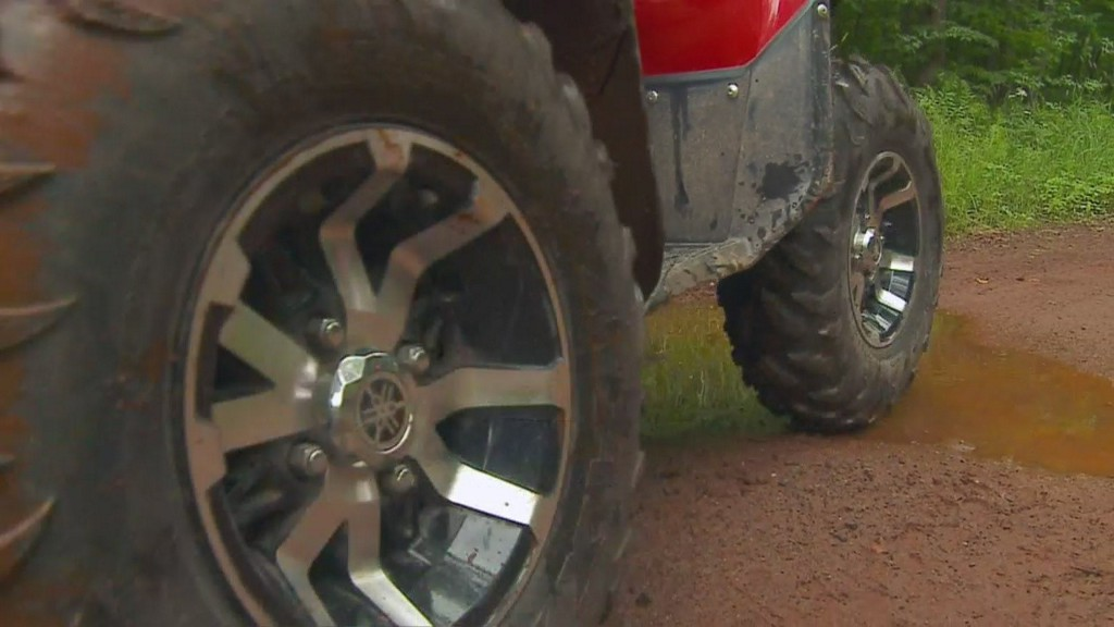 Dust Cloud Leads To Fatal ATV Rollover Crash In Carlton County https://t.co/PquMY8kRIA https://t.co/wBNwxICX7j