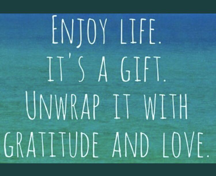 #GRATITUDE! #begrateful #enjoy #life #gift #unwrap #love https://t.co/6kr1BIRMf1