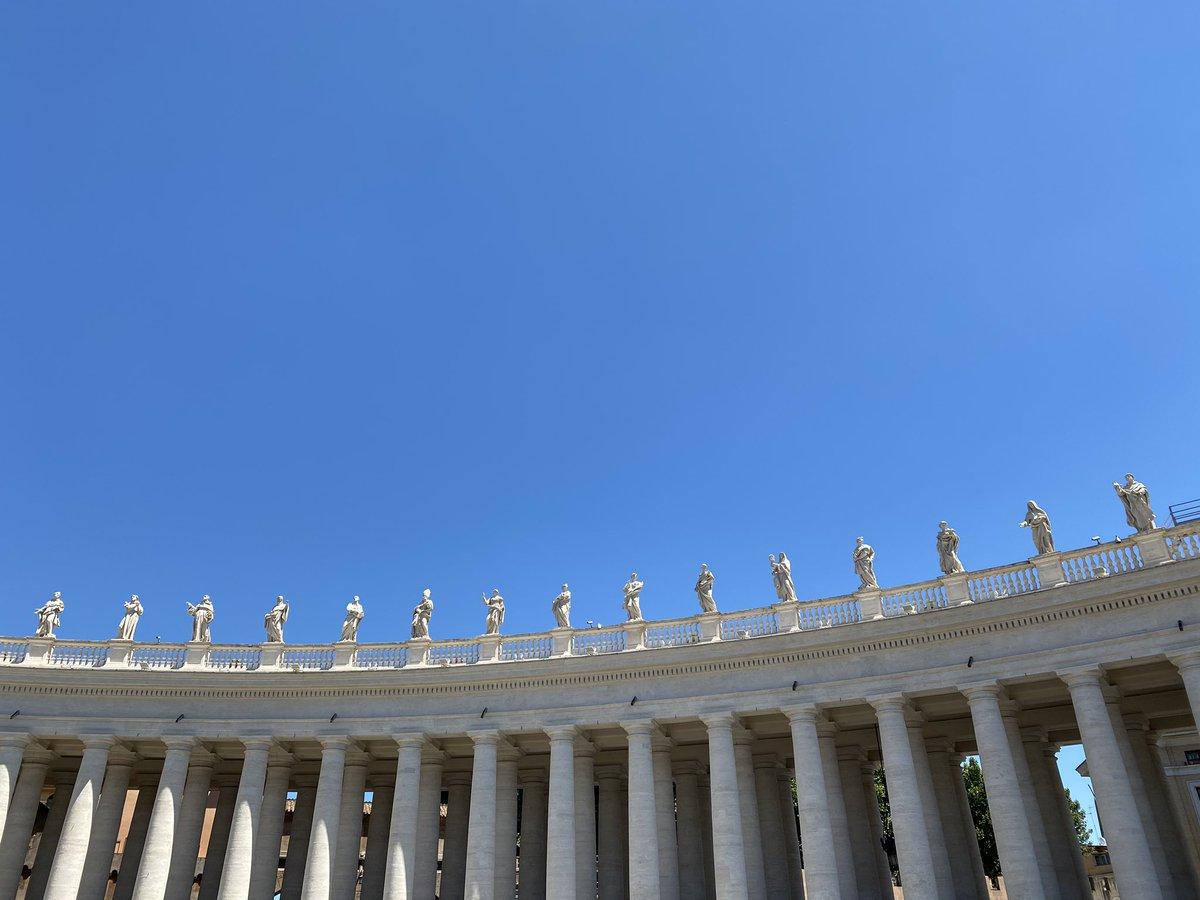 Social distancing in the Vatican