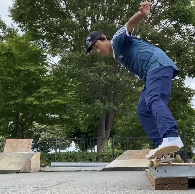 南長野スケートパークで スケボーしました。  バックサイド50-50→5-0→バックテール  #膝痛い #スケボー #スケートボード #長野 #南長野スケートパーク  #skateboard #skateboards #skateboarding pic.twitter.com/svOOPyW5Yh
